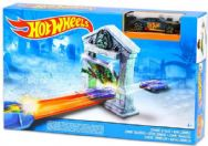 Hot Wheels Track Set - Jump & Score - Zombie Attack Playset